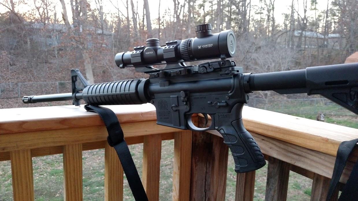 ボルテックス(Vortex)ライフルスコープ Crossfire II 1-4x24 Riflescope